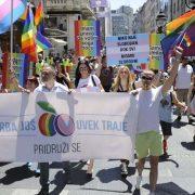 Priče LGBTI ljudi u Srbiji: Ostavljaju mi đubre na otiraču